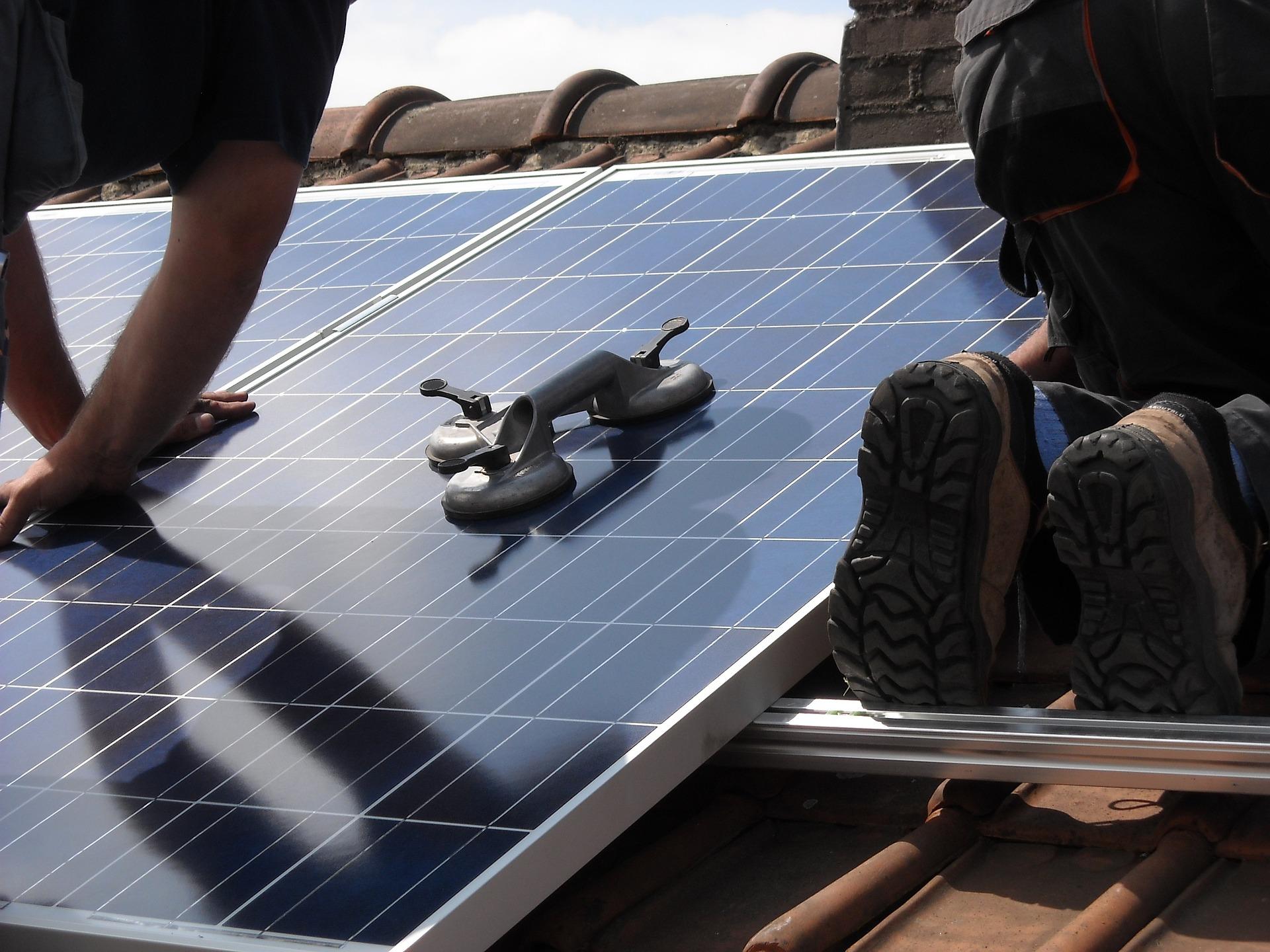 Installation av solpaneler